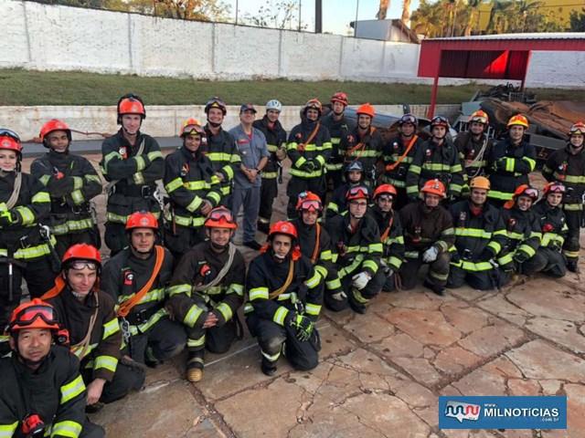 Treinamento aconteceu do dia 16 a 18, no Pelotão de Bombeiros de Andradina, e 19 em Tatuí. fotos: CORPO DE BOMBEIROS/Divulgação