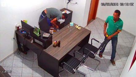 Circuito de segurança da empresa flagrou ação criminosa da dupla. Foto: Reprodução
