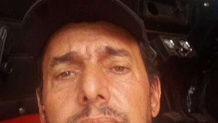 Jaime Augusto Marangoni, de 49 anos, teria atingido um porco e caiu da moto — Foto: Facebook/Reprodução.