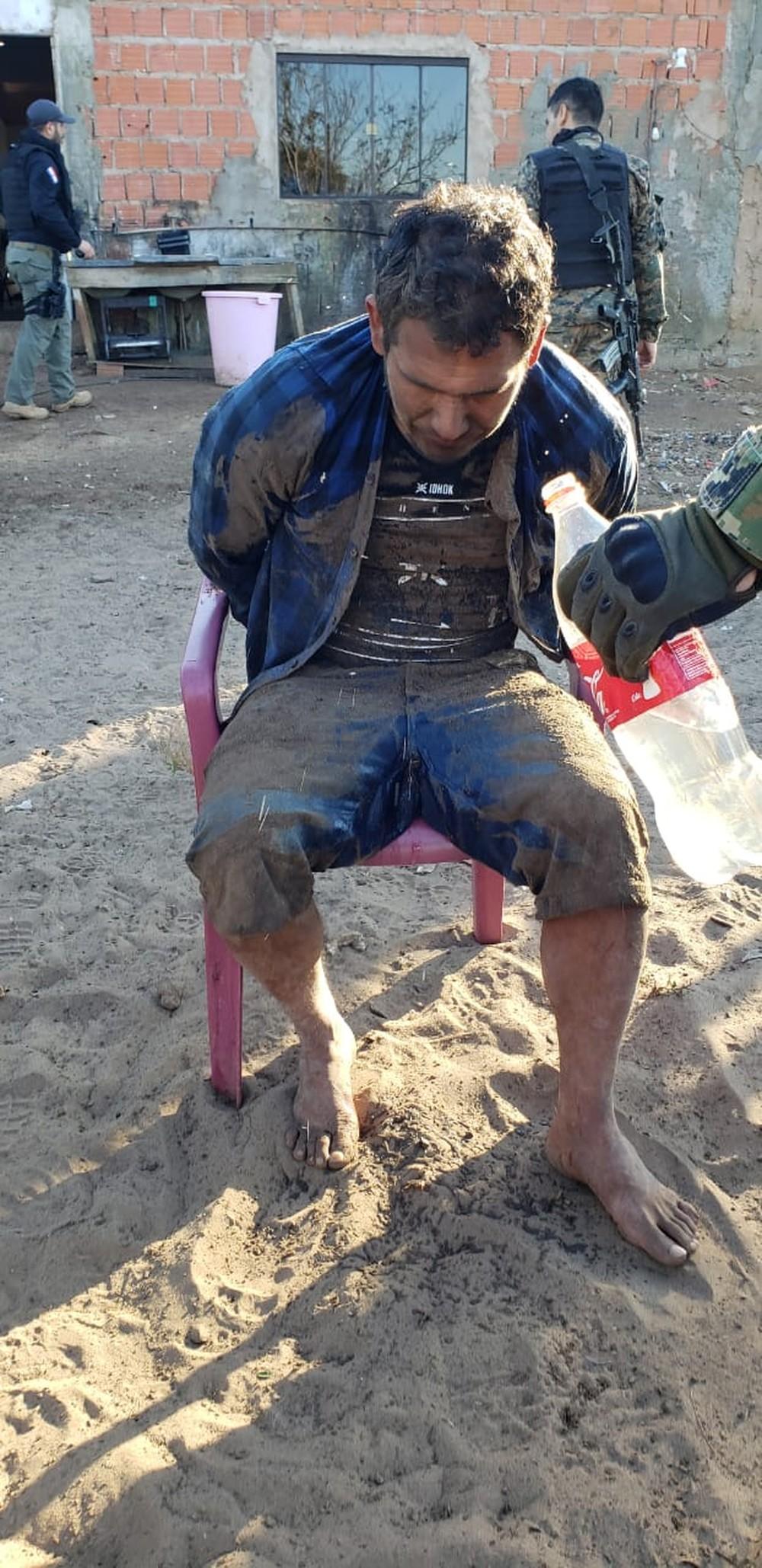 Fredy Ariel Irala Fernandez preso na fronteira do Brasil — Foto: Polícia Nacional Paraguai/Divulgação.