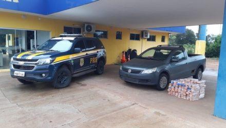 Caminhonete apreendida com maconha em MS — Foto: PRF/Divulgação.