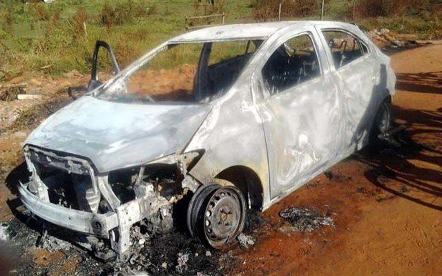 Vítima foi encontrada em estrada entre Birigui e Coroados, próximo de carro incendiado (Foto: Divulgação)