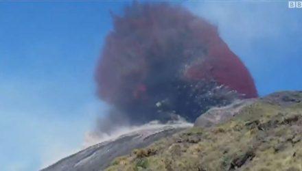 Brasileiro registrou erupção de vulcão na Itália — Foto: Thiago Takeuti /BBC.