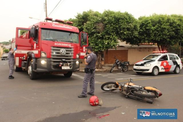 Moto ocupada pelo aposentado teve quebra de um retrovisor, além de riscos na carenagem. Foto: MANOEL MESSIAS/Agência