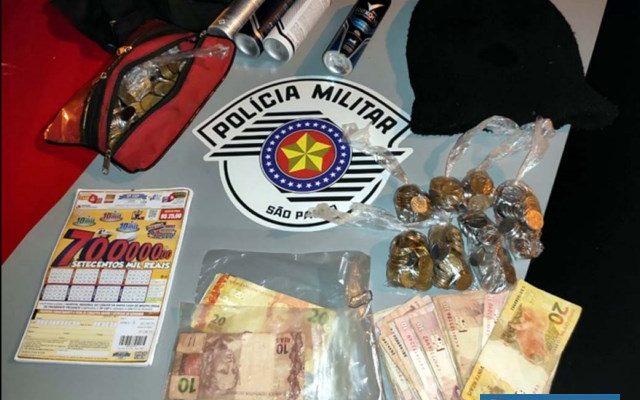 Adolescente de 15 anos foi detido após arrombar telhado de supermercado e furtar várias mercadorias e dinheiro. Foto: DIVULGAÇÃO
