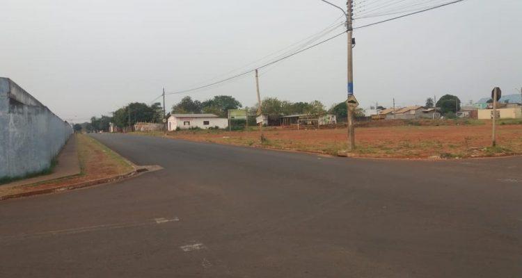 Local onde homem foi esfaqueado — Foto: Osvaldo Nóbrega/TV Morena.