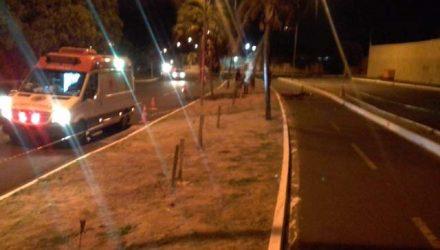 Local do acidente onde o rapaz morreu — Foto: PM/Divulgação.