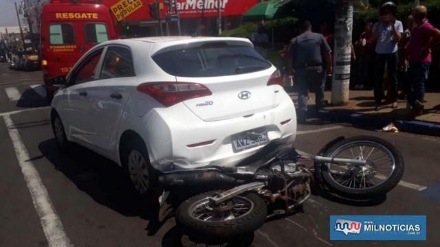 Motocicleta Honda Falcon 400cc, sofreu diversas avarias. FOTO: MANOEL MESSIAS/Agência