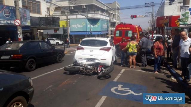 Triplo acidente aconteceu no semáforo existente no cruzamento da rua Paes leme com Av. Barão do Rio Branco, centro. FOTO: MANOEL MESSIAS/Agência