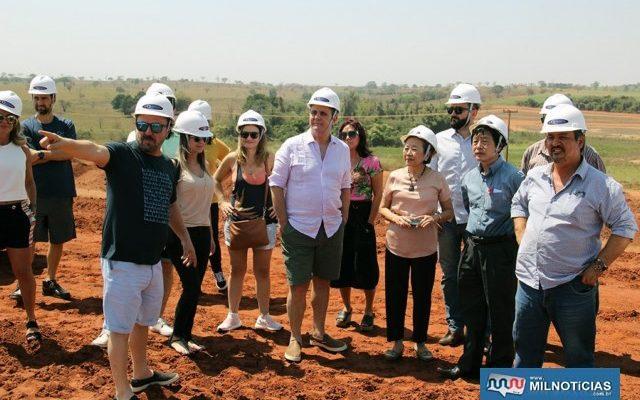 Empresário Mário Celso e equipe apresentou a prefeita Tamiko Inoue e técnicos do Governo de Andradina o andamento das obras do termas Acqualinda. Foto: Secom/Prefeitura