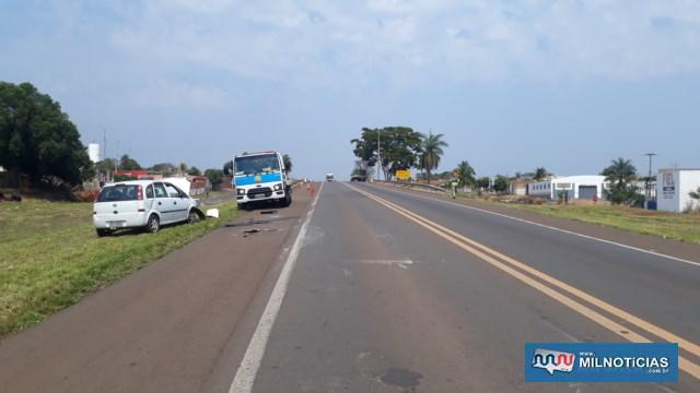 Veículo pesado foi parado pelo condutor logo depois do acidente, em um espaço praticamente sobre o viaduto da rua Bandeirantes. Foto: MANOEL MESSIAS/Agência
