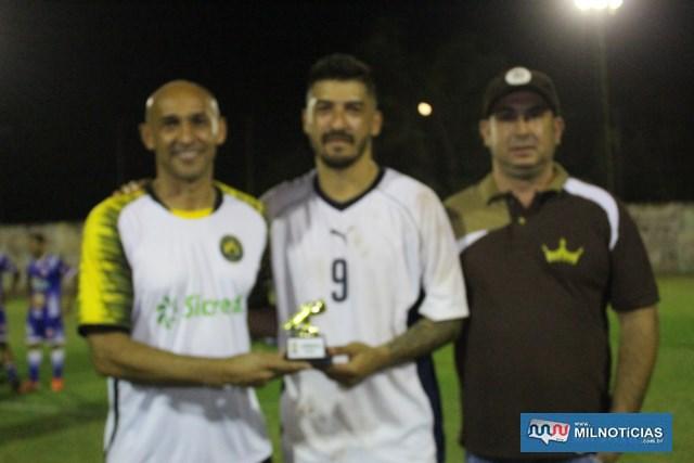 WendellNesyama (c), do Grub, foi o artilheiro da competição, com 10 gols. Foto: MANOEL MESSIAS/Agência