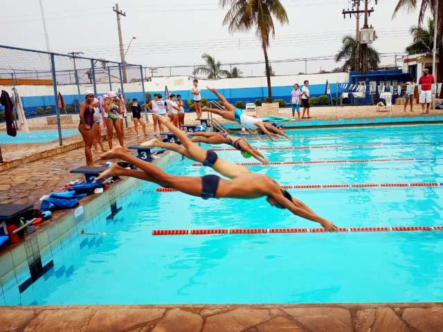 Festival de Natação acontece neste sábado, 21, no parque aquático do ATC. Foto: DIVULGAÇÃO