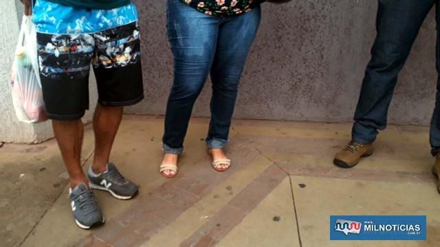 Homem sofreu um arranhão na perna direita e a mulher escoriações leves no cotovelo, também direito. Foto: MANOEL MESSIAS/Agência
