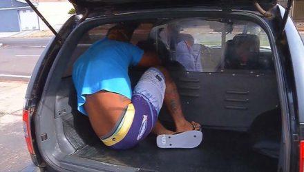 Suspeito se entregou na delegacia da Polícia Civil de Castilho — Foto: César Culiche/TV TEM