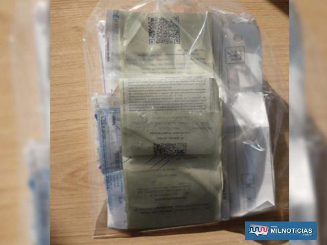 """Materiais ligados à """"Sintonia da Rifa"""" foram apreendidos pela polícia durante operação (Foto: Deinter 8/Divulgação)"""