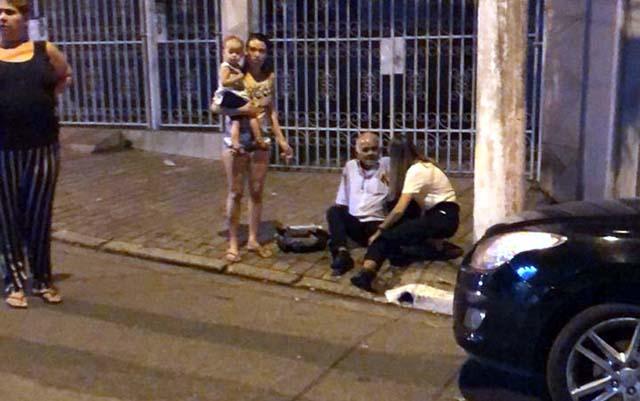Idoso se feriu em acidente envolvendo carro do jogador Ralf, do Corinthians — Foto: Daniel Evangelista / TV Globo