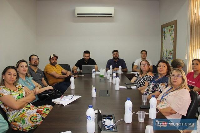 A avaliação dos pratos e bebidas que farão parte do 1º Guia Gastronômico de Andradina será feita pelos membros do Comtur. Foto: Secom/Prefeitura