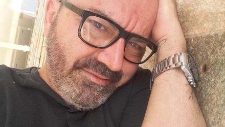 Professor Carlos Della Crocce sofreu vários golpes de faca pelo corpo em tentativa de homicídio em suposto roubo. Foto: DIVULGAÇÃO/Facebook