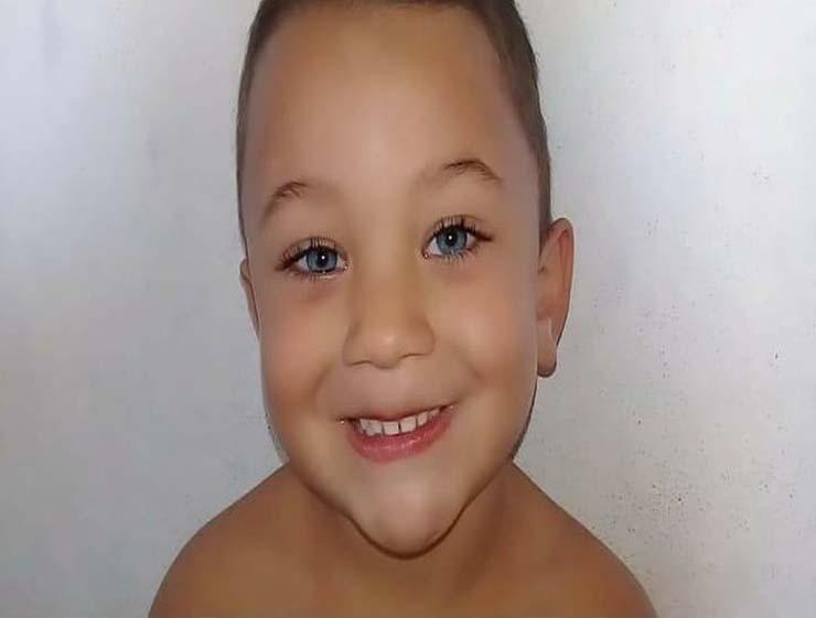 Gabriel, de 5 anos, morreu após ser baleado dentro de casa em Campos — Foto: Divulgação/Familiares.