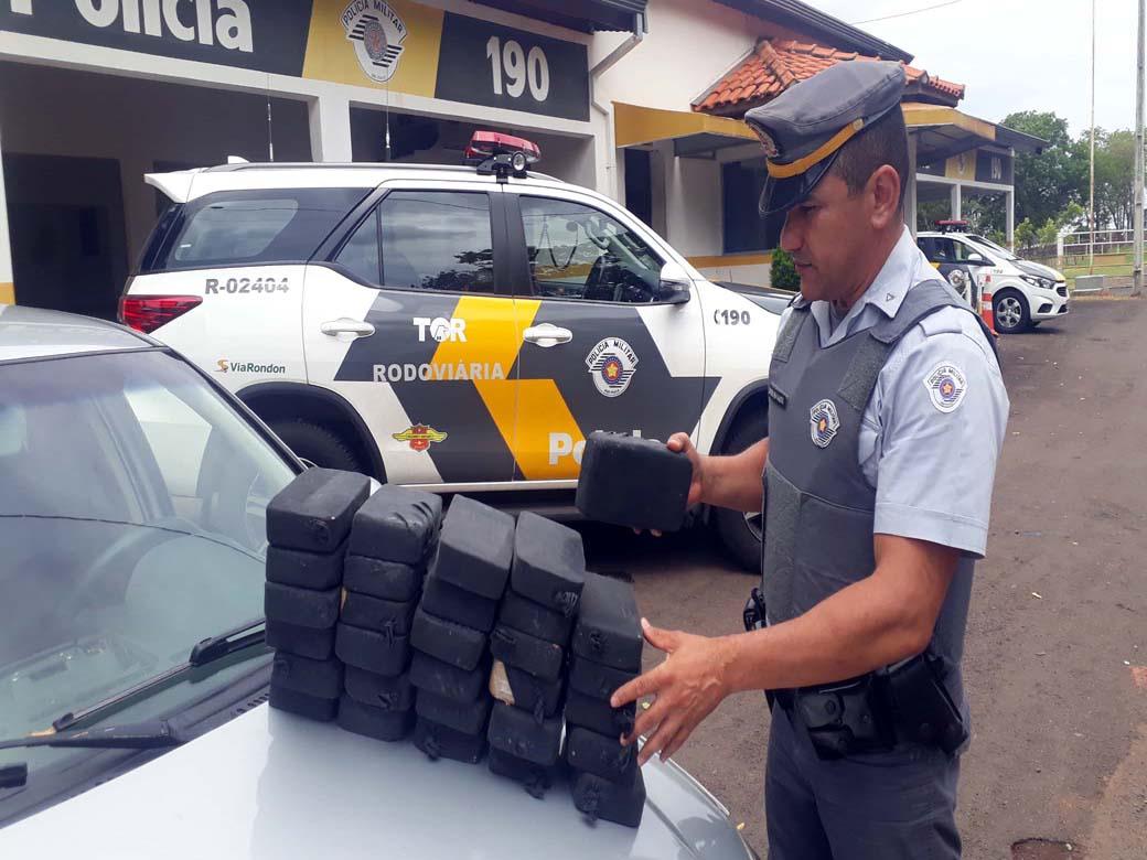 Prisão do acusado foi efetuada pela equipe do TOR – tático Ostensivo Rodoviário liderada pelo subtenente Fausto. Foto: MANOEL MESSIAS/Agência