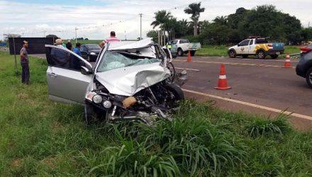 Mulher morreu em acidente na rodovia. Fotos: Whats App