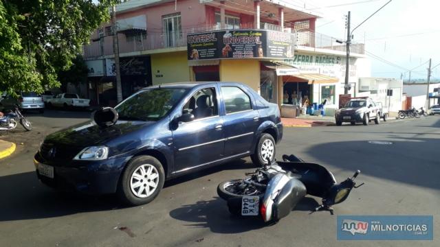 Renault Logan atingido pela Biz sofreu amassamento do paralama dianteiro, lado esquerdo. FOTO: MANOEL MESSIAS/Agência