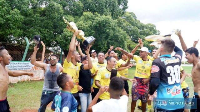 Conveniência Lopes/Auto Elétrica Flash venceu nas penalidades o time do Bate Fundo, após empate em um gol no tempo normal. Foto: Assessoria de Comunicação