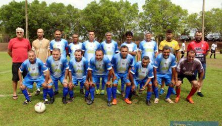 Equipe do Santo Antônio formou um time forte este ano e é candidata ao título da Copa Master 50 anos. Foto: MANOEL MESSIAS/Agência