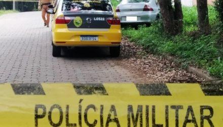 O corpo da vítima estava enrolado em um tapete e amarrado com fios elétricos Foto: Banda B