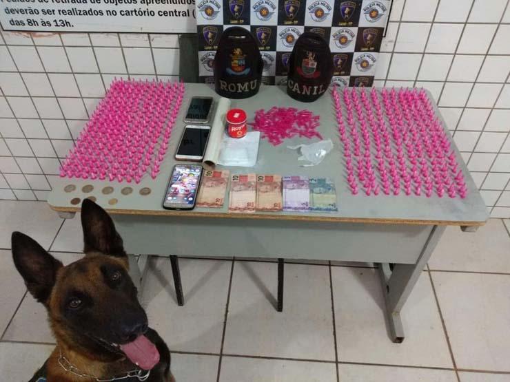 Drogas foram apreendidas e duas pessoas foram presas em Tatuí (SP) — Foto: Polícia Militar/Divulgação.