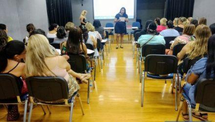 Encontro entre gestores da Educação de Andradina debateu transição da educação infantil para o fundamental. Foto: Secom/Prefeitura