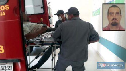 """O comerciante A. C. V., o """"Maranguape"""", de 41 anos, levou dois tiros, um na perna e outro no quadril, ao sofrer tentativa de homicídio. Foto: MANOEL MESSIAS/Agência"""