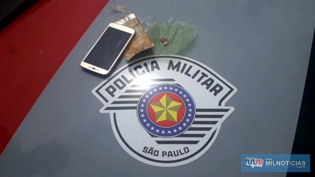 Foram apreendidas 3 pedras de crack, pesando 2 gramas, além de uma cédula de R$ 50,00. Foto: MANOEL MESSIAS/Agência