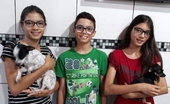 Giovane e Bruna Brum, 13, estavam com a irmã, Bianca Foto: Divulgação