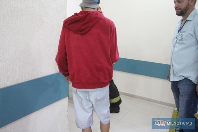 Jovem que também estava no Voyage sofreu uma contusão no ombro direito, mas nem quis ser atendido na UPA. Foto: MANOEL MESSIAS/Agênca