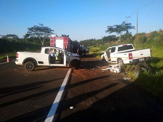 Acidente de trânsito envolveu dois veículos na Rodovia Júlio Budiski — Foto: Kawanny Barros/TV Fronteira