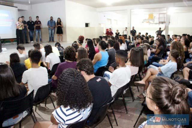 Cento e sessenta alunos deram início as aulas na parceria do Governo de Andradina e Unesp. Foto: Secom/Prefeitura