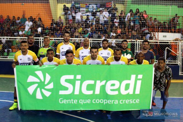 GRUB/ATC/Elzinha e o Garfo (branco e amarelo), está na final do Futsal de Férias 2020. Fotos; MANOEL MESSIAS/Mil Noticias