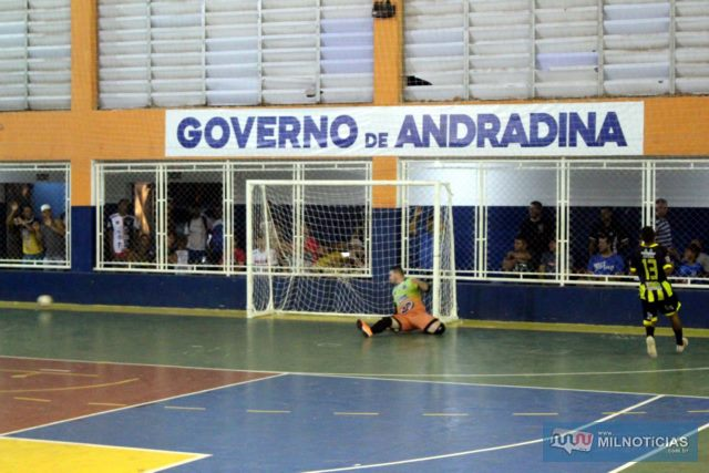 futsal_pumas4_3_carvalho (39)