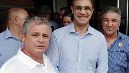 Prefeito Gilson, Rodrigo Garcia e o presidente da Câmara de Murutinga do Sul, Adriano Nunes (esq.). Foto: Assessoria de Comunicação