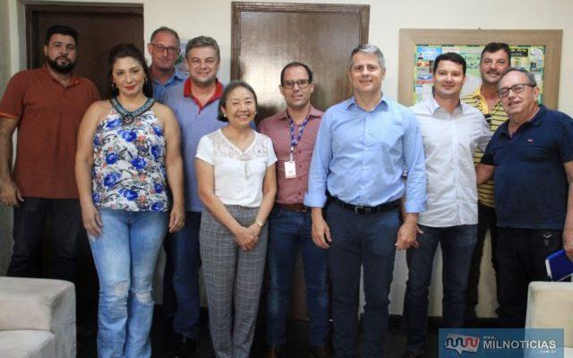 Tamiko e equipe de governo debateram novos projetos com equipe de gerentes da JBS Friboi. Foto: Secom/Prefeitura