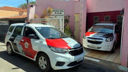 Auxiliar de serviços gerais foi autuado por dupla tentativa de feminicídio na DDM de Ilha Solteira. Foto: DIVULGAÇÃO/PM