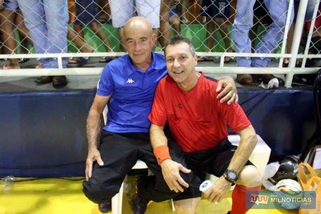 Arbitros Sebastião Balieiro (esq.) e Vitório Alberto Pipino Neto. Foto: MANOEL MESSIAS/Mil Noticias