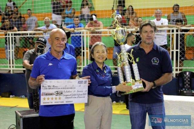 A partir da dir., vice prefeito Pedrinho Bentivóglio, prefeita Tamiko Inoue e Sebastião Balieiro. Foto: MANOEL MESSIAS/Mil Noticias