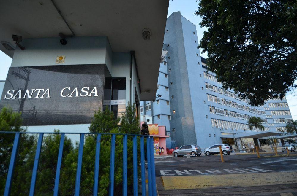 Mecânico estava internado na Santa Casa de Araçatuba havia uma semana. (Foto: Divulgação)