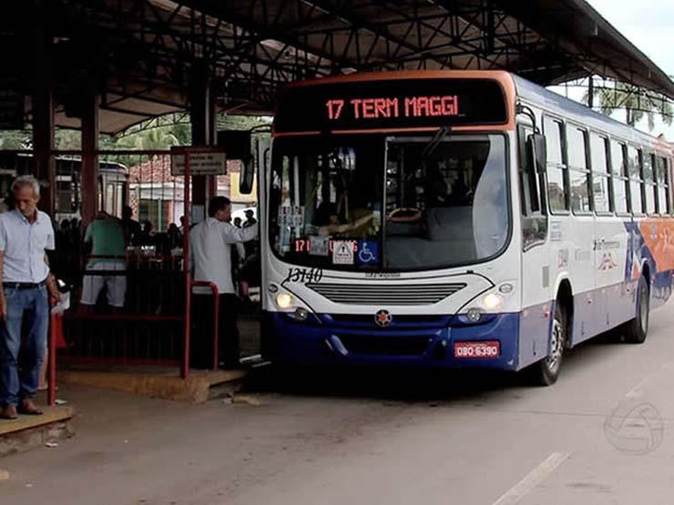 Situação ocorreu no terminal André Maggi em Várzea Grande, região metropolitana de Cuiabá. — Foto: Reprodução/TVCA.