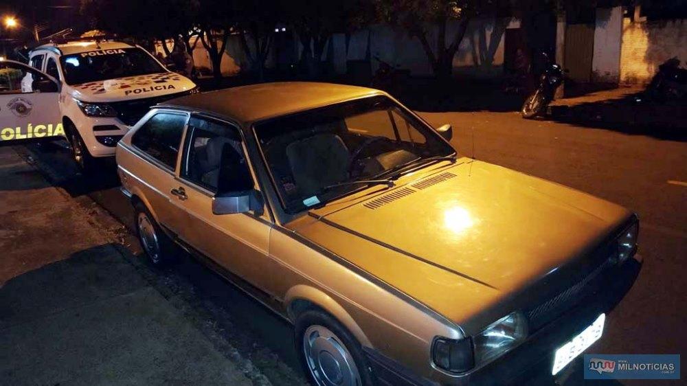 Veículo VW Gol, modelo quadrado e placa de Castilho/SP, ocupado pela dupla, foi apreendido pela Polícia Civil. Foto: MANOEL MESSIAS/Agência