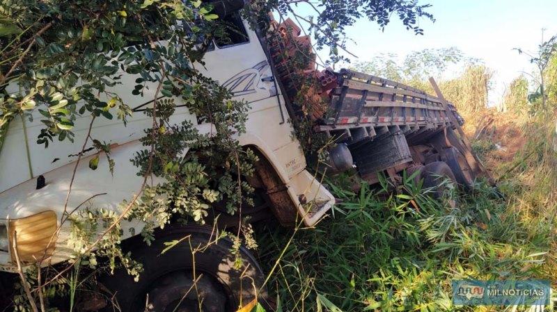 Cabine também sofreu destruição. Foto: MANOEL MESSIAS/Agência