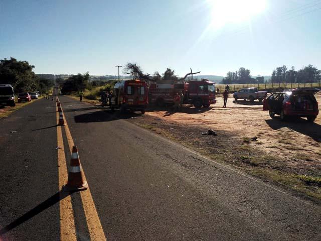 Colisão frontal foi na  Rodovia Eduardo Gomes (SP-457), em Rancharia. Foto: Ivete Costa/Cedida
